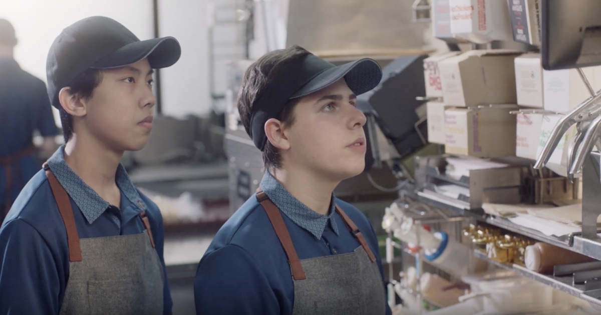 HR-кампания от McDonald's Canada нанимает на работу друзей