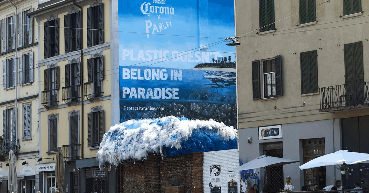 Corona будет принимать пластик в качестве оплаты в рамках борьбы с загрязнением океанов