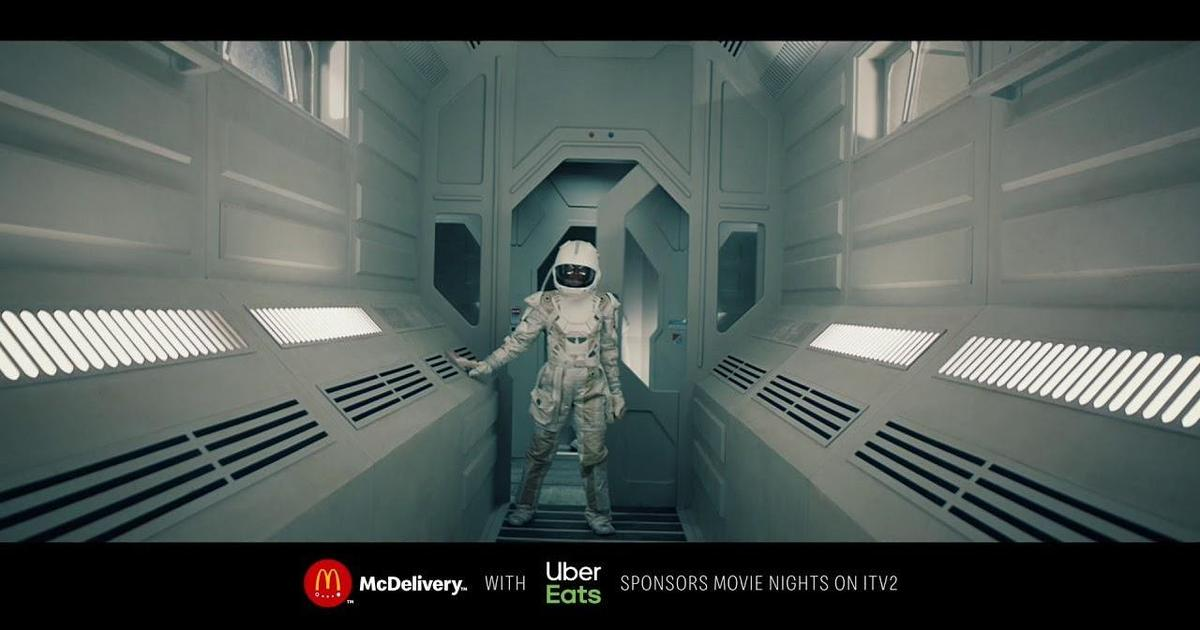 McDonald's ворвался в фильмы для рекламы McDelivery