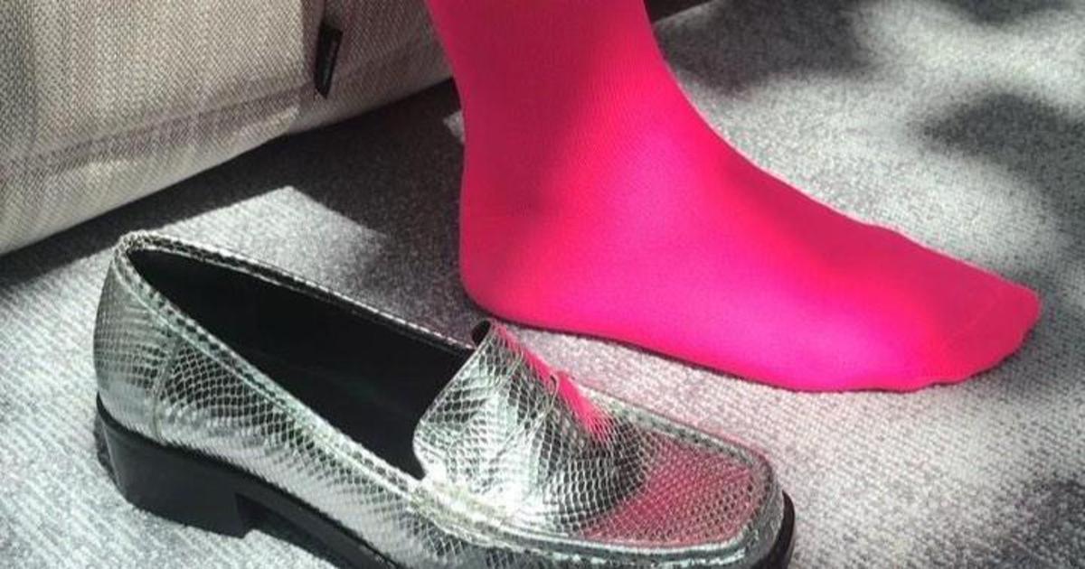 Бренд ASOS показал, как превратить обычные носки в невидимые