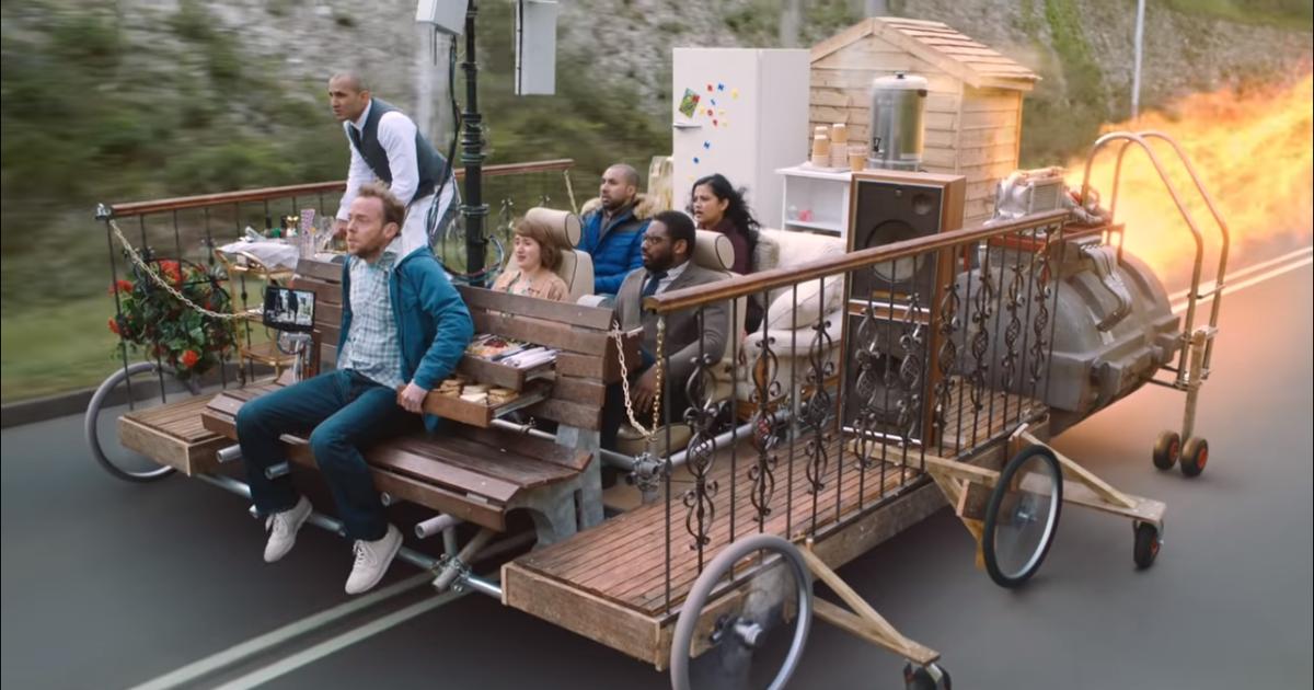 Virgin Trains предлагает прокатиться на лавочке-самобранке