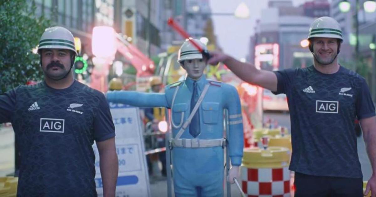 Сборная Новой Зеландии по регби учит туристов правилам вождения в Японии