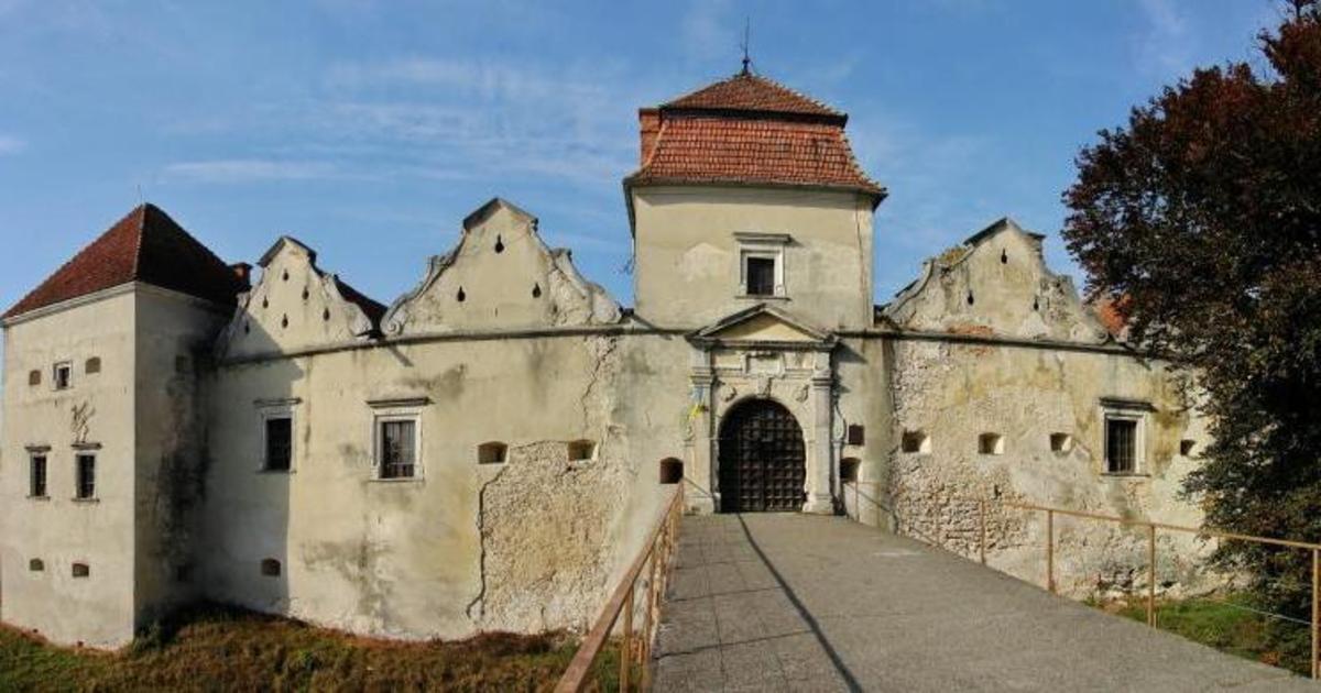 Украинские замки зарегистрировались на сайте знакомств