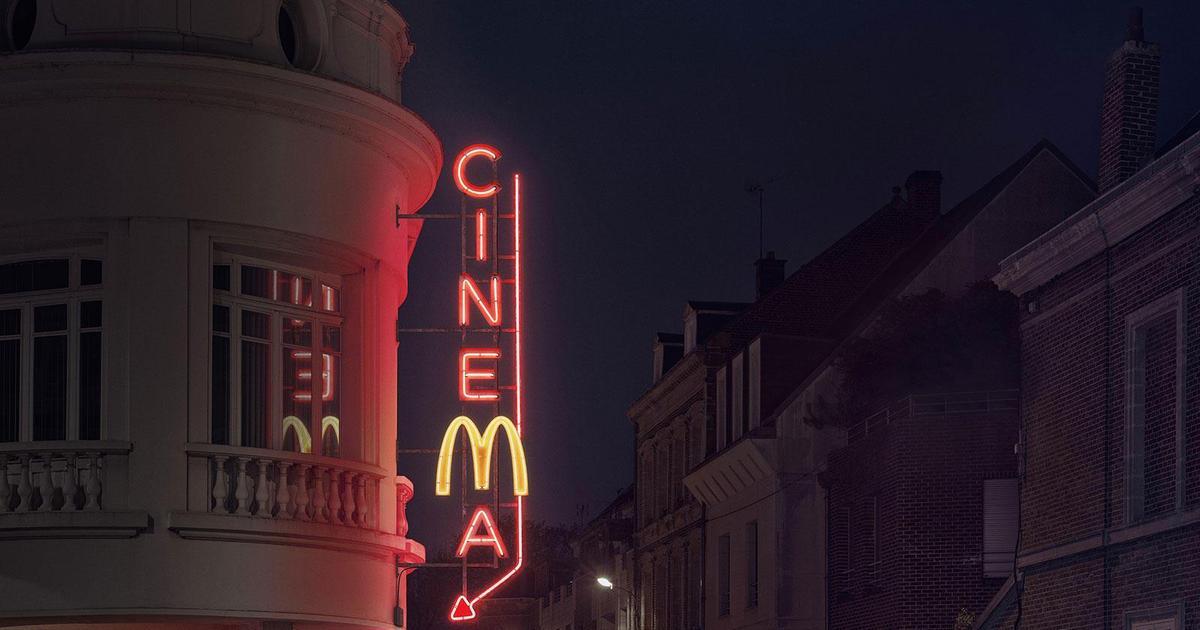 Креативные принты рассказали, что McDonald's открыт допоздна