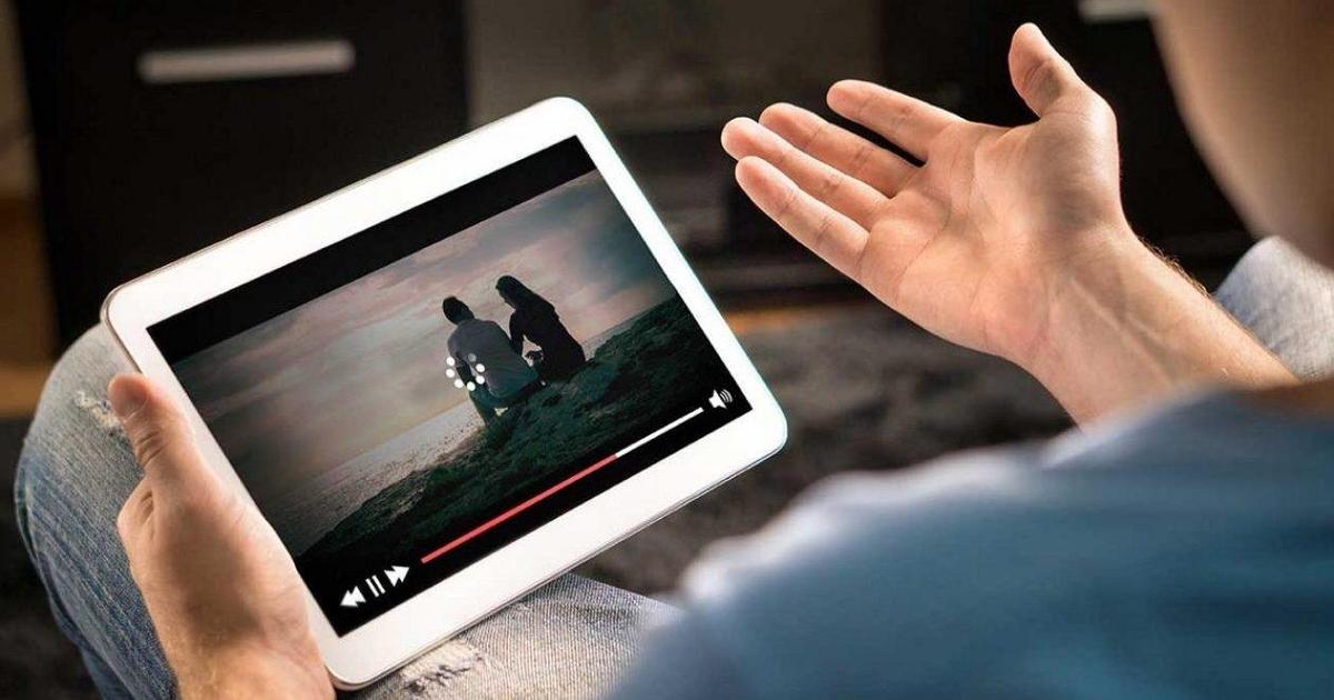 В 2021 году пользователь будет смотреть онлайн-видео в среднем 100 минут в день