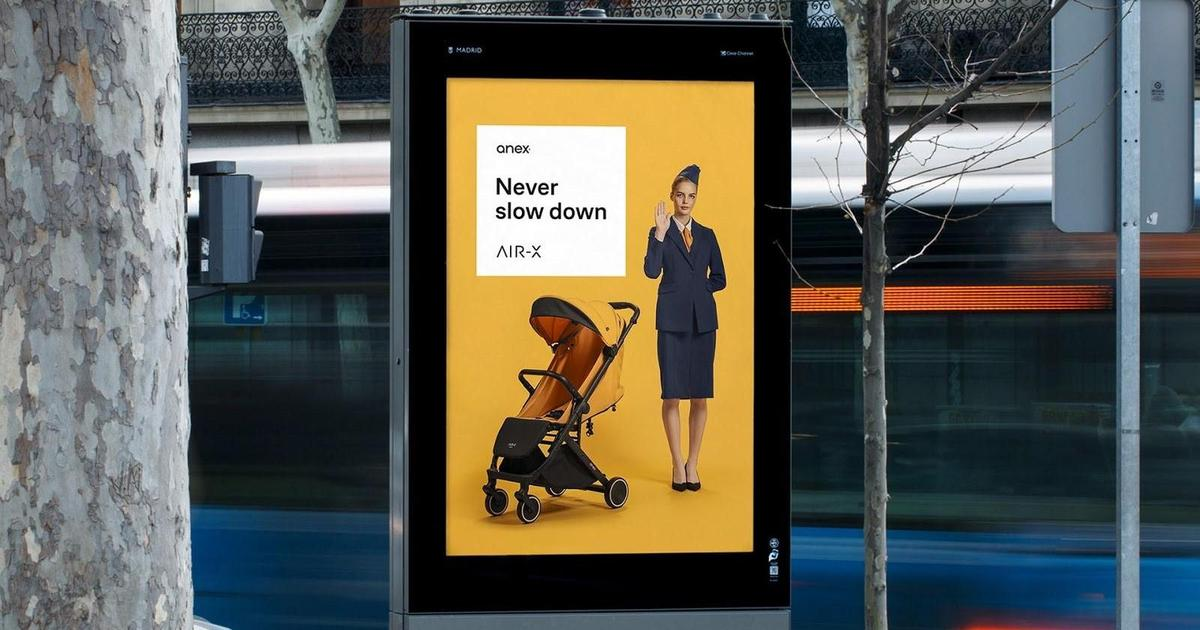 Агентство mirrolab створило рекламний ролик функціоналу дитячої коляски Anex
