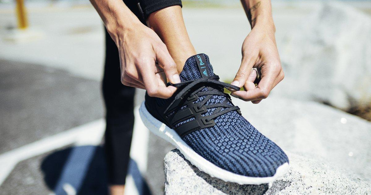 Adidas начал вознаграждать покупателей за возврат старой одежды