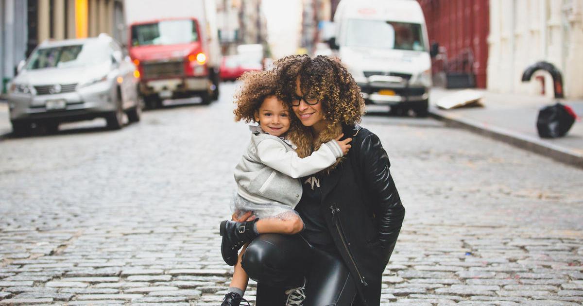 Реклама должна отражать равные гендерные роли, по мнению родителей-миллениалов
