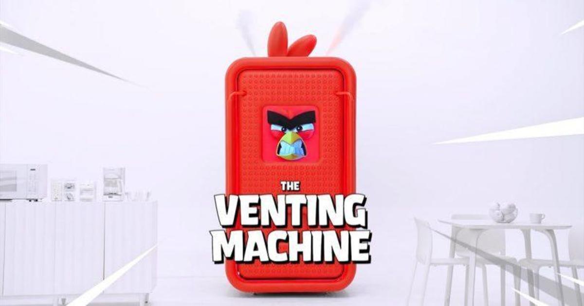 Вендинговый автомат Angry Birds обменяет злость на подарки