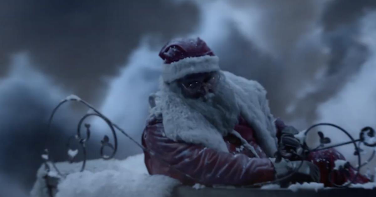 """Санта дарит нечто большее, чем игрушки, в ролике для Toys """"R"""" Us"""
