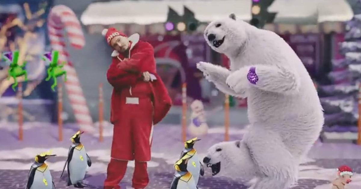 Група «Время и Стекло» у новорічному промо для молодіжного тарифу Joice by Vodafone