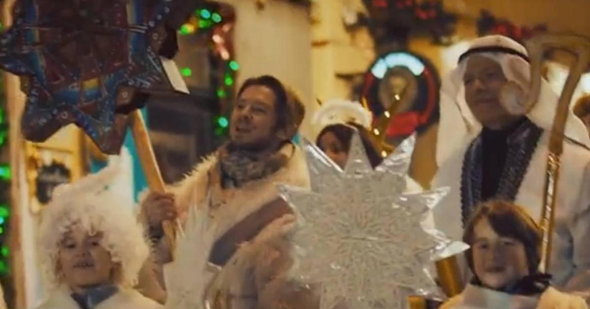 Соціальна реклама закликала перенести святкування Різдва на 25-те грудня