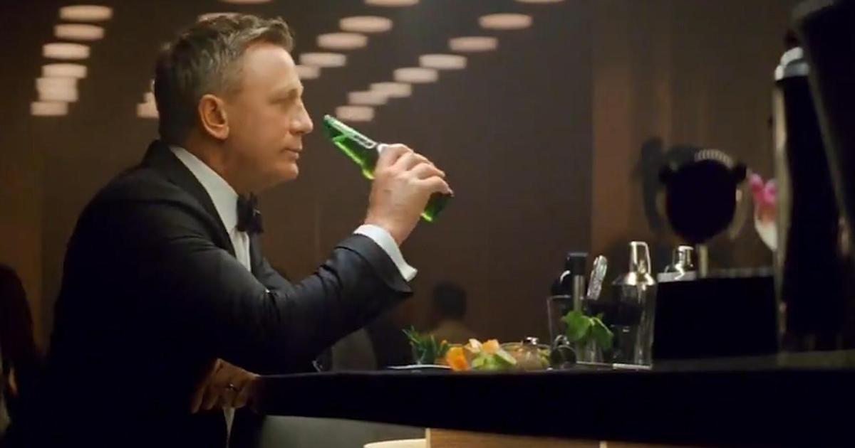 Дэниел Крейг сменил мартини на Heineken в рекламе пивного бренда
