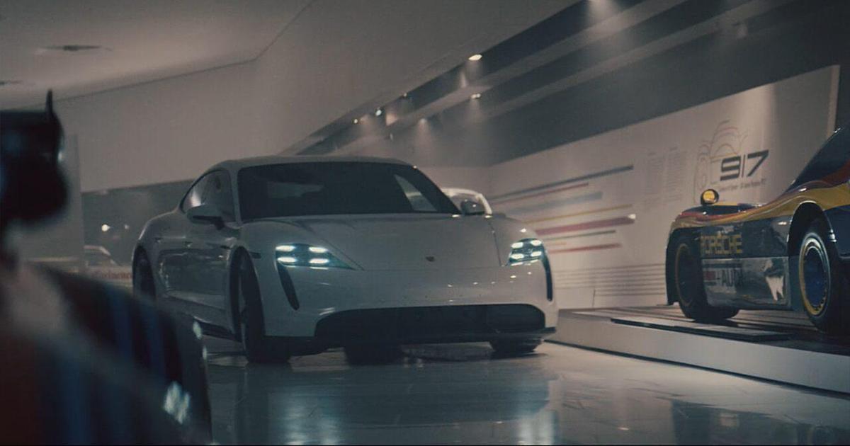 Porsche выпустил кинематографический ролик для Super Bowl