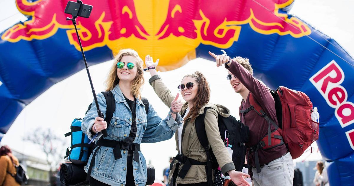 Red Bull призывает украинских студентов провести неделю в Европе без денег и мобильной связи