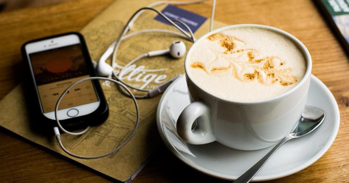 Исследование DMA: 27% слушателей подкастов узнают о бренде через голосовую рекламу