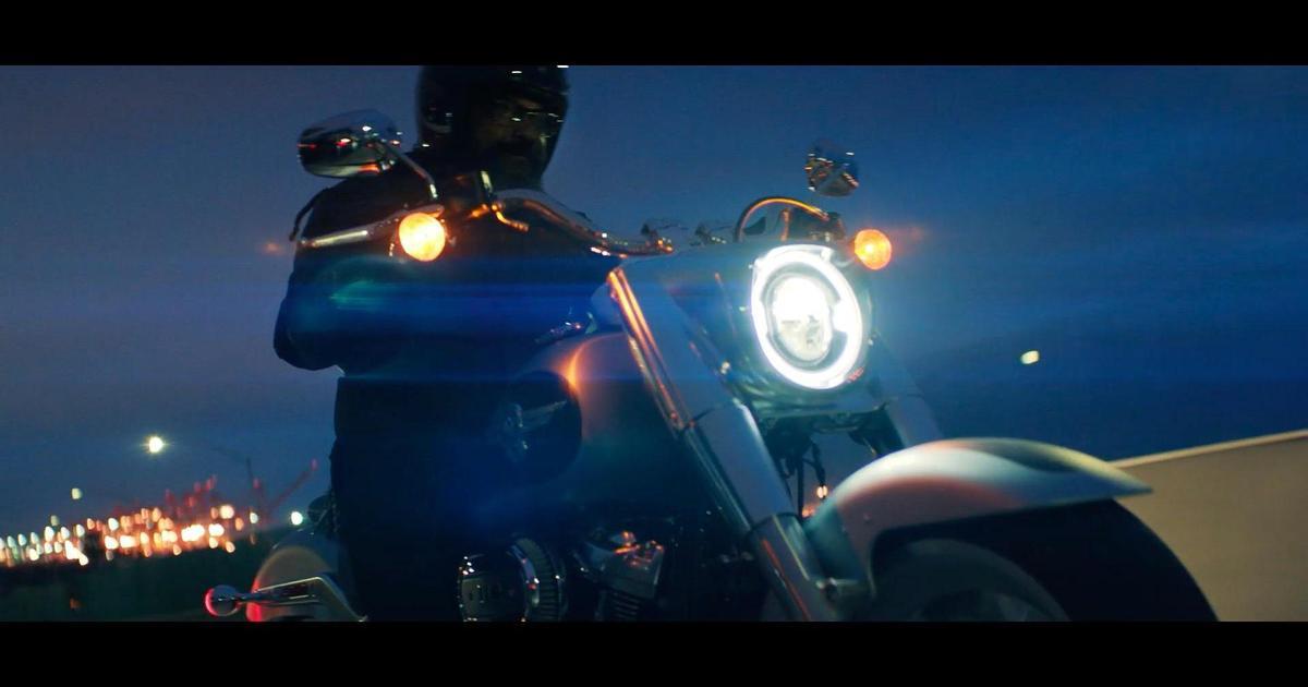 Harley-Davidson призвал сбежать от современной жизни в роликах от Droga5