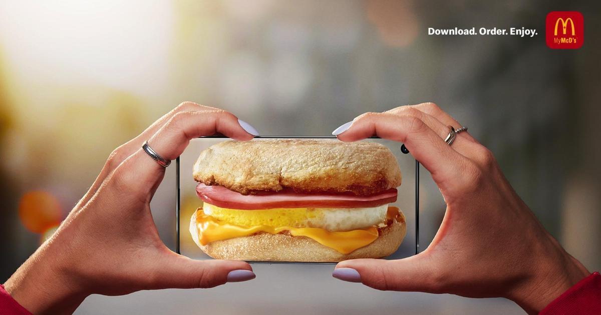 McDonald's показал, как просто заказать еду через мобильный девайс