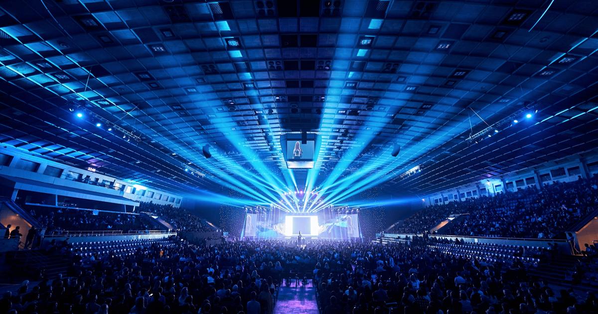 Итоги благотворительного Dream BIG Forum: энергетика мечты и тысячи гостей