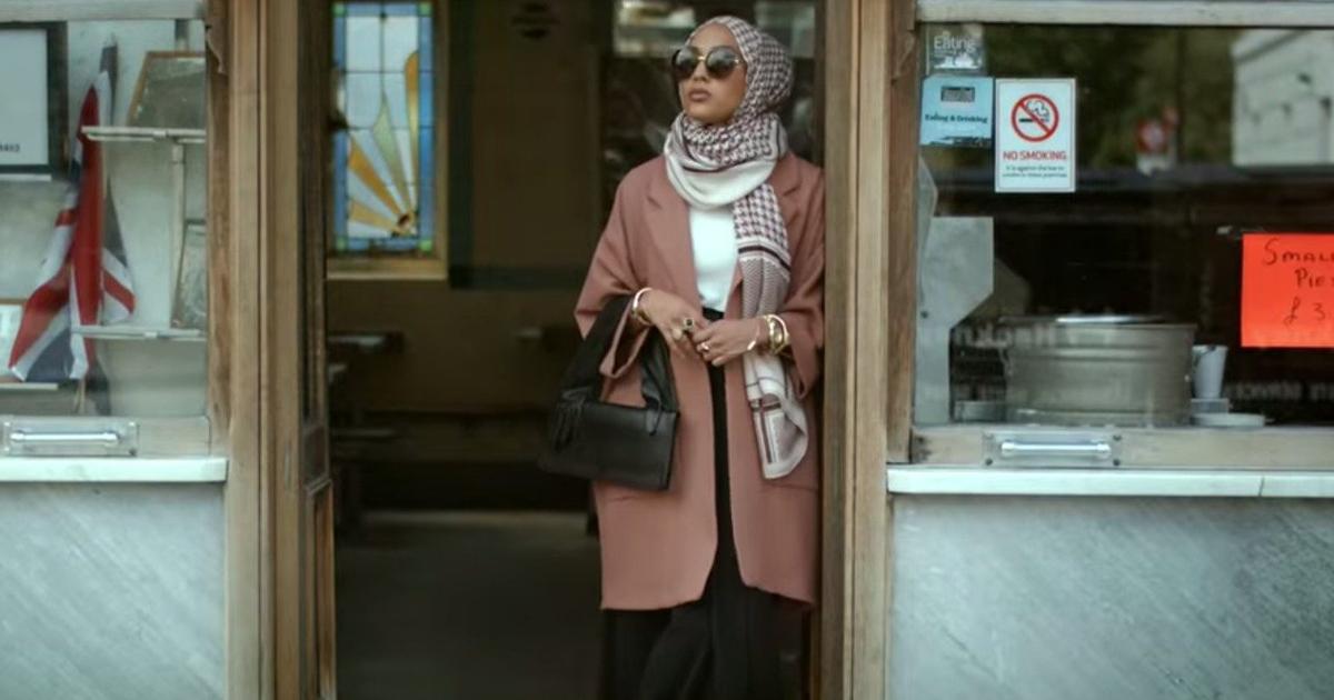 H&M впервые показал модель в хинджабе.