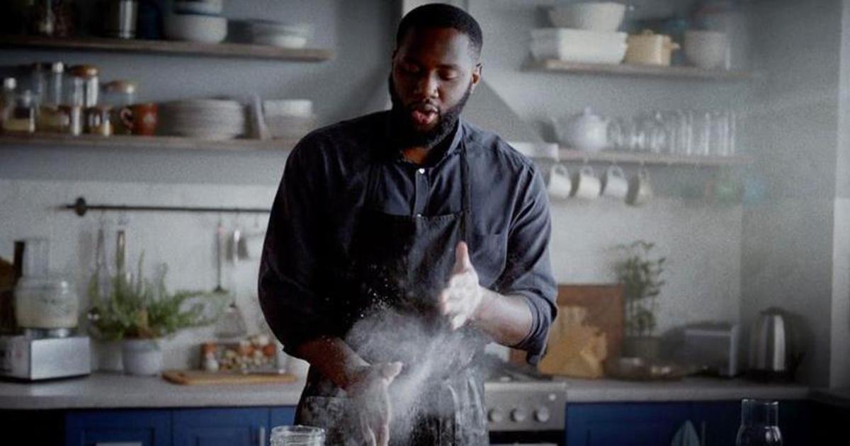 Бренд масла Lurpak вдохновляет больше готовить дома в аппетитном ролике