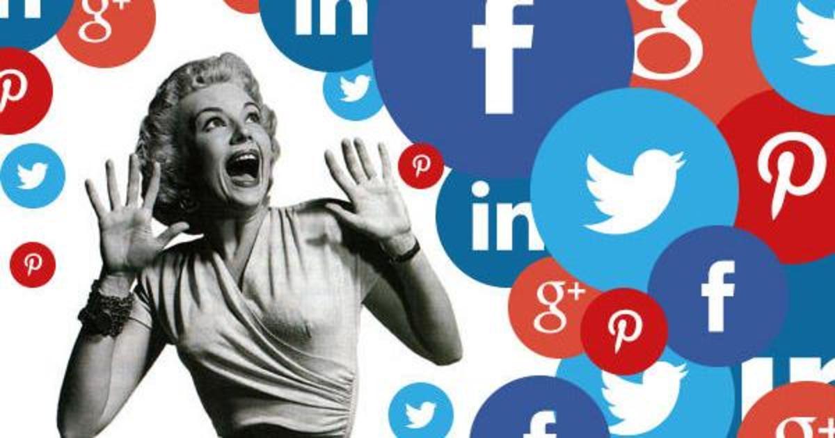В сентябре украинцы общались в соцсетях, смотрели видео и закупались.