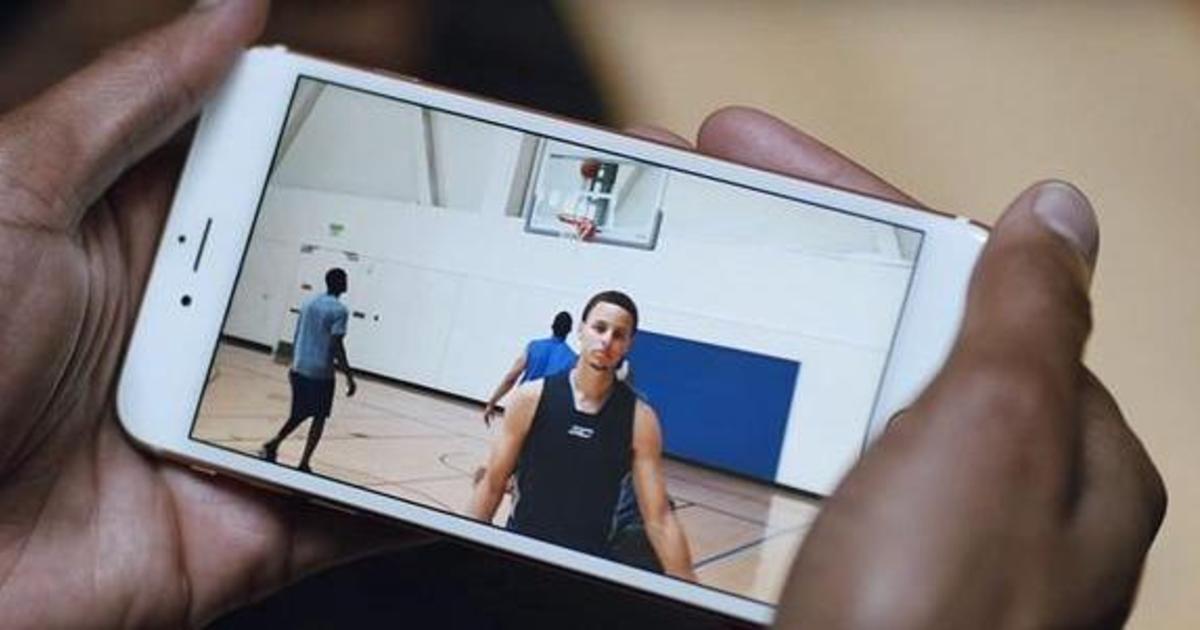 Чемпион НБА Стефен Карри появился в новом ролике для iPhone 6S.