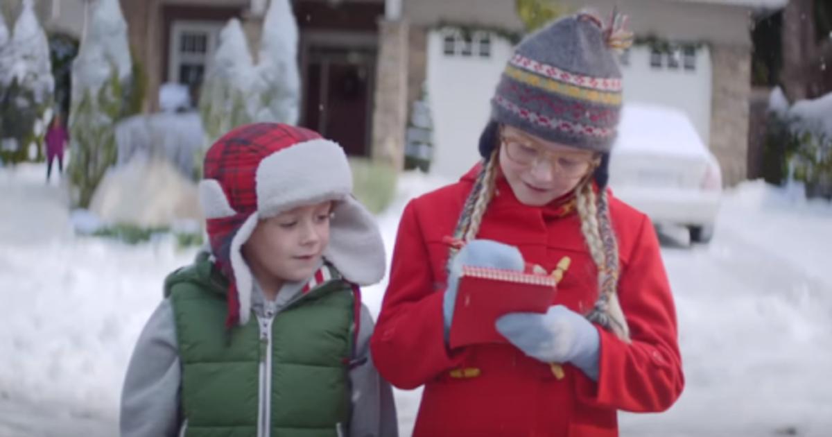 Мечты сбываются в рождественском ролике Macy's.