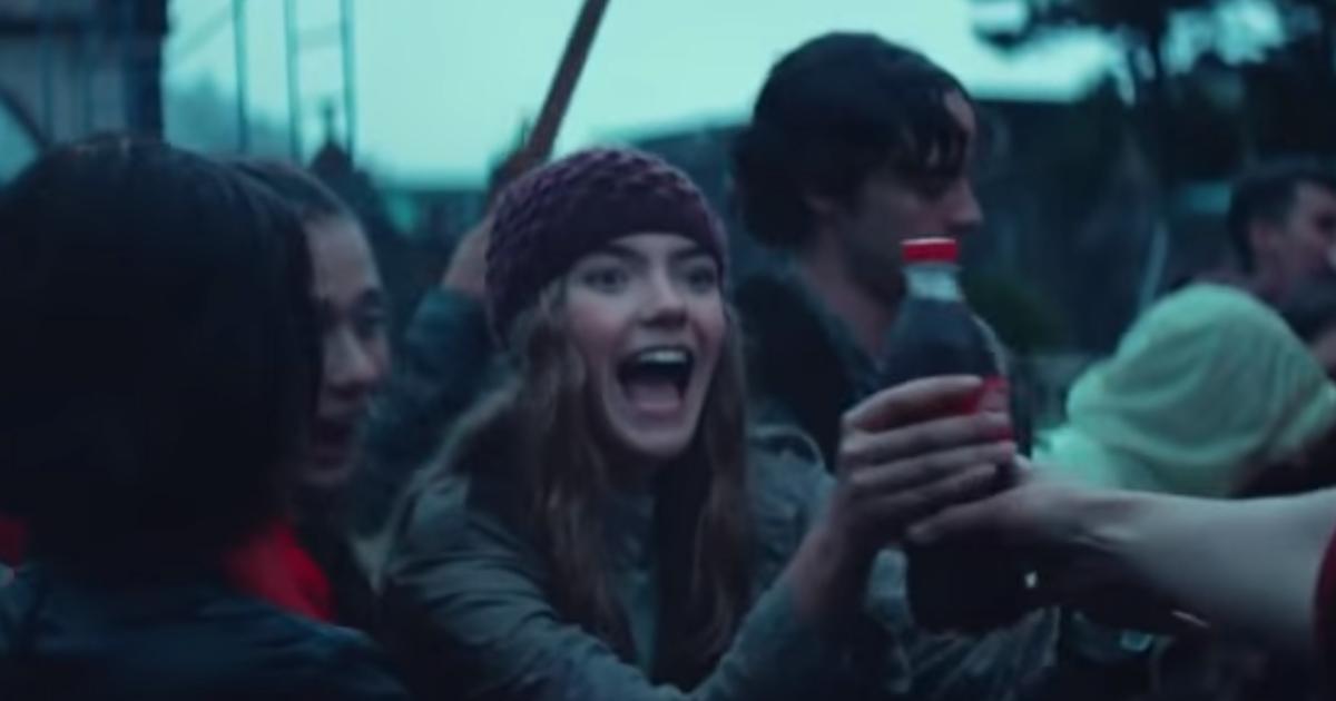 Coca-Cola раскритиковали за «оскорбительную» рекламу.