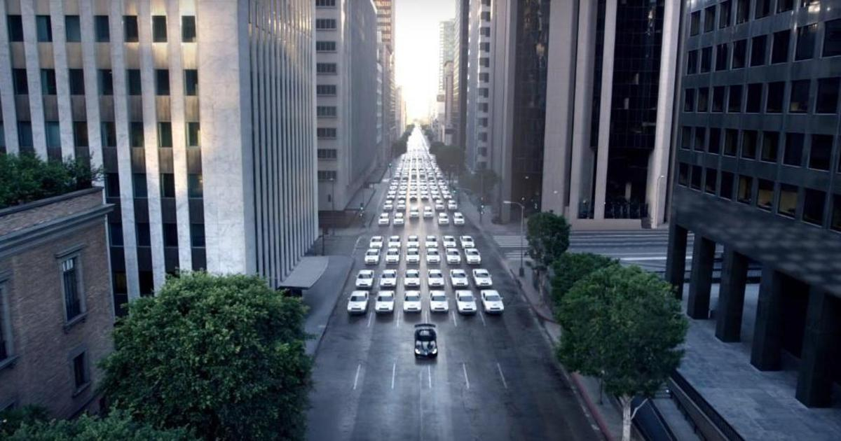 Dodge провел авто-штурмовиков под командованием Viper по улицам Нью-Йорка.