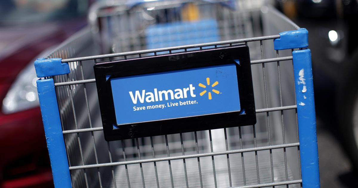 Wal-Mart будет брать оплату за пластиковые пакеты.