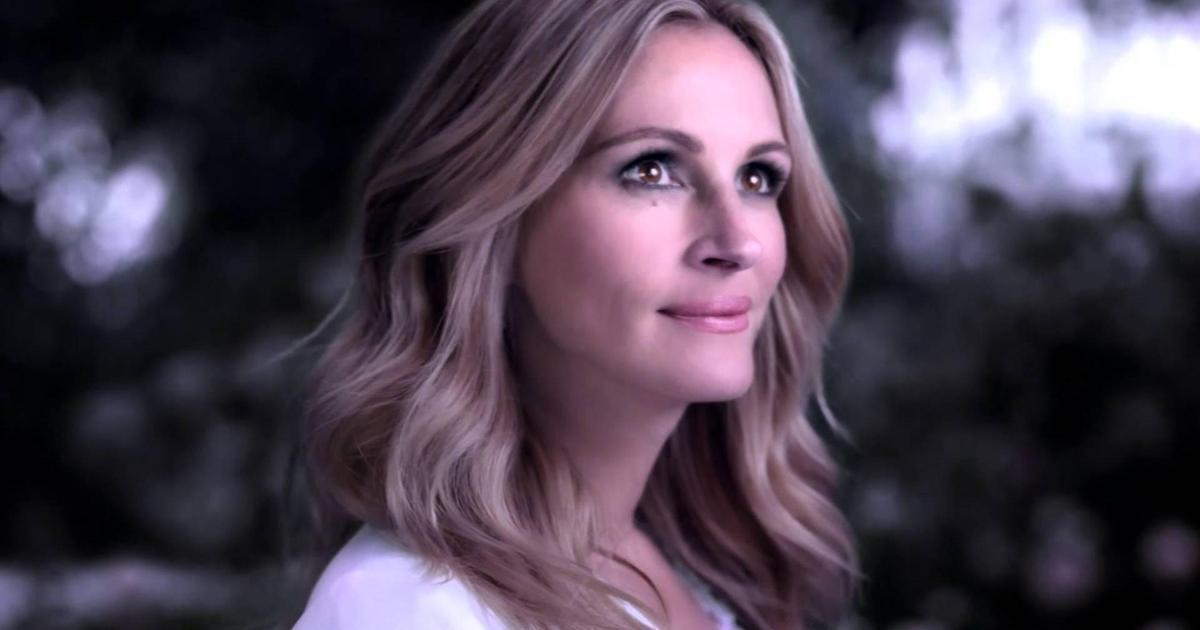 Джулия Робертс снялась в рекламе нового аромата Lancome.