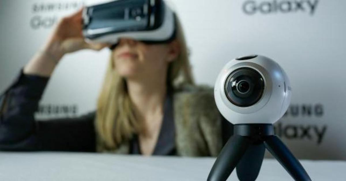 Samsung представил Galaxy S7 и панорамную камеру.