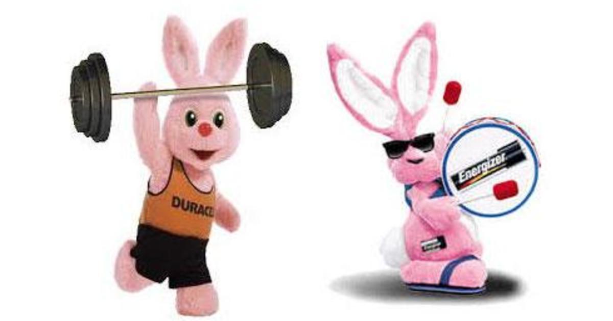 Битва розовых кроликов: Energizer подал в суд на Duracell.