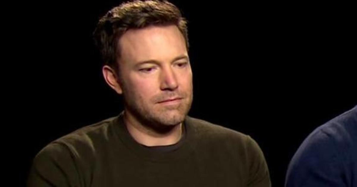 Реакция Бена Аффлека на критику о новом Бэтмене стала мемом.
