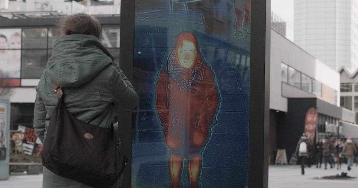 Наружная реклама от Saatchi & Saatchi измерила температуру прохожих.
