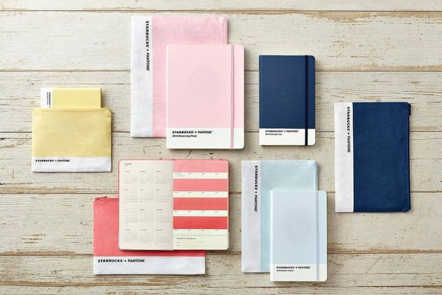Sedia Pantone Rosa : Starbucks и pantone выпустили коллекцию планнеров
