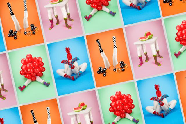 На рекламных принтах, разработка фирменного стиля которых принадлежит известному дизайнеру Leta Sobierajski, удалось объединить совершенно несвязанные вещи