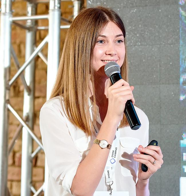 Анна Снитко