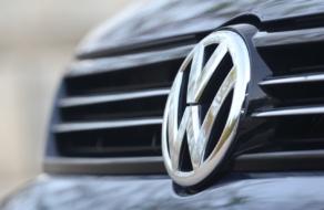 Volkswagen пересмотрит маркетинг после шумихи из-за расистской рекламы
