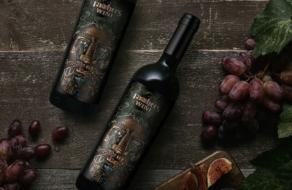Память об основателе вина увековечили в этикетке