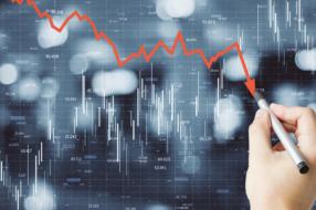 Глобальные рекламные расходы упадут на 4,9%