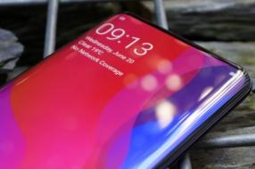 Новые смартфоны от Xiaomi получат невидимую фронтальную камеру: когда ждать выхода необычных устройств
