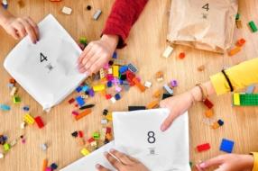 Lego заменит полиэтиленовые пакетики на бумажные
