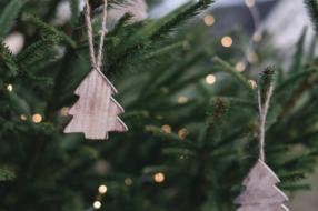 Две трети украинцев выбирают «осознанные» новогодние подарки