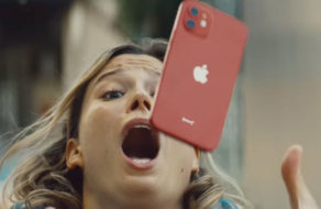 Apple рекламирует прочность iPhone 12 в забавных роликах