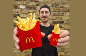 McDonald's предложил вариант бесплатной картошки фри для друзей