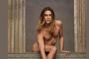 Креативный директор  Valentino отреагировал на негатив вокруг фото с гендерфлюидной моделью