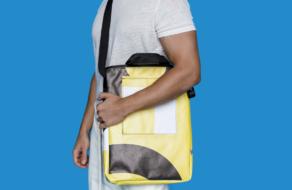 Ко Дню Земли Uklon создал сумки из рекламных баннеров