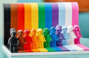 LEGO выпустила первый набор в честь ЛГБТК+
